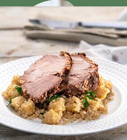 Свинско печено с ароматна кора и киноа